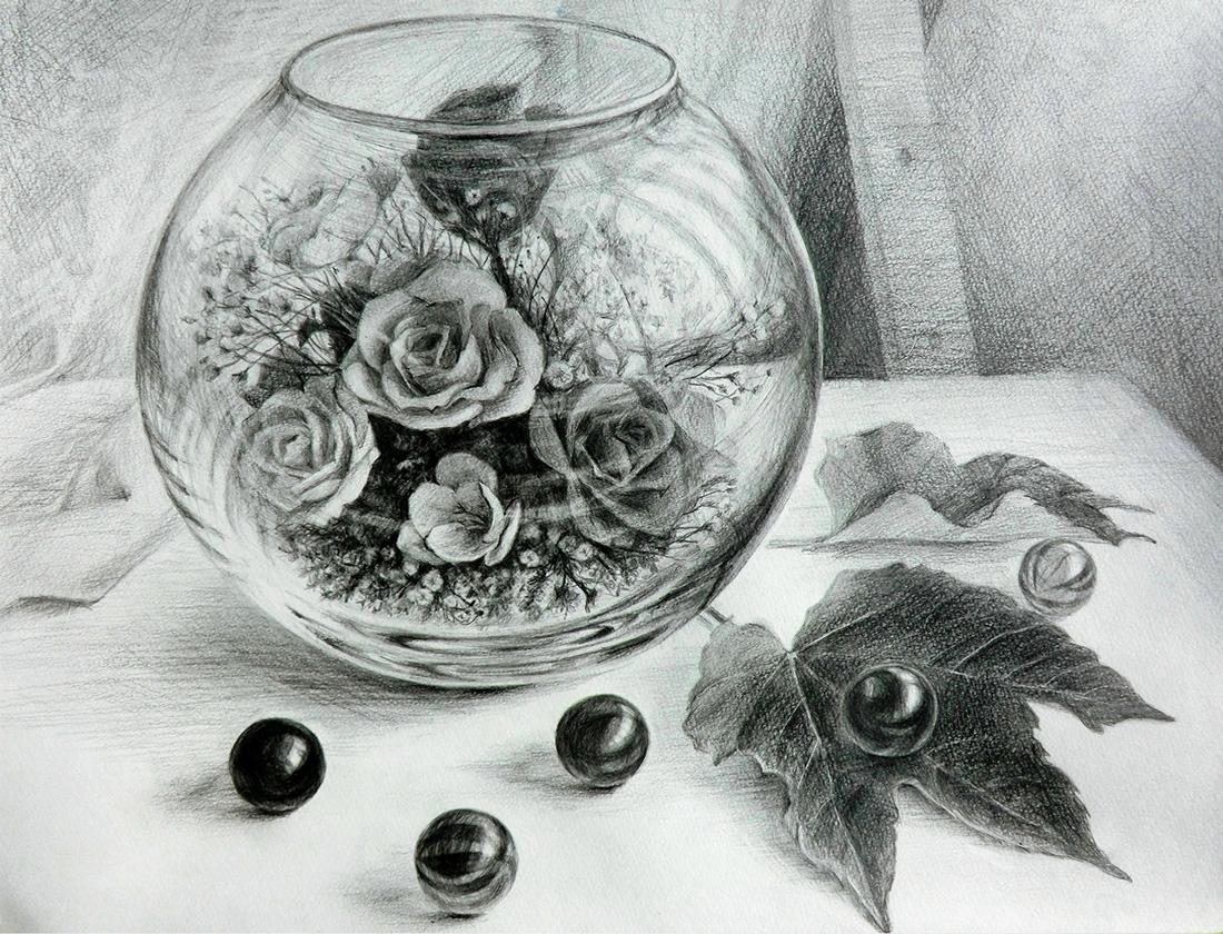 鉛筆デッサン(花とビー玉)